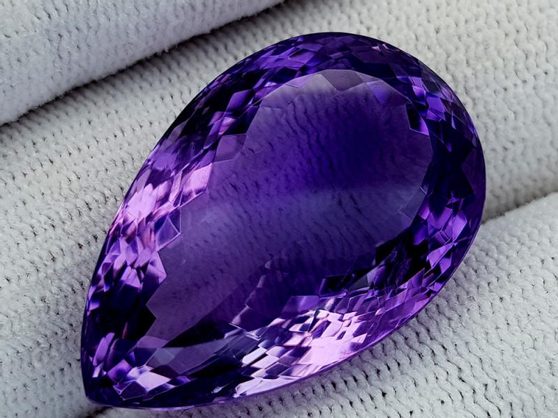 44Ct Natural Amethyst Gemstones IGCam68