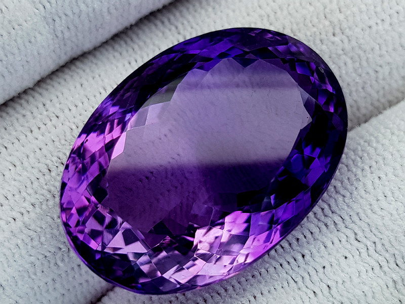 41Ct Natural Amethyst Gemstones IGCam58