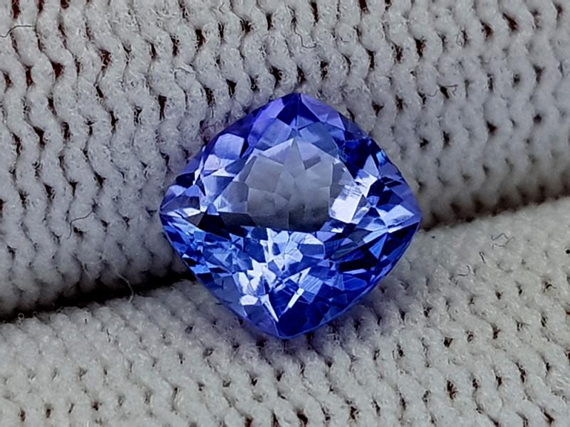 1.35ct Natural Tanzanite Gemstone igcntt09