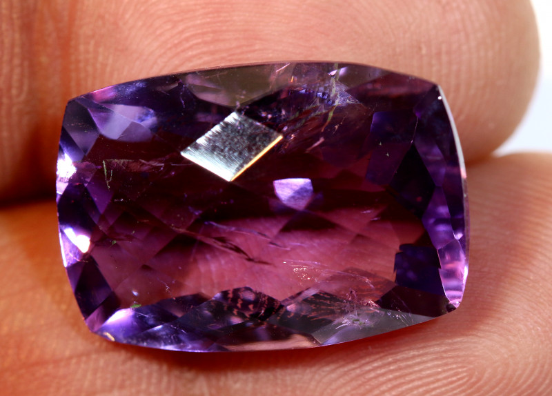 20 CTS AMETHYST FACETED STONE CG-2392