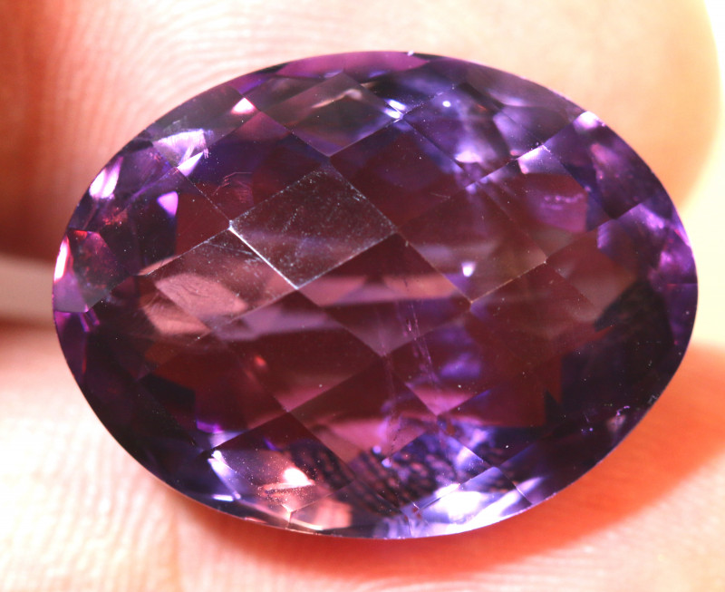 27.37 CTS AMETHYST FACETED STONE CG-2403