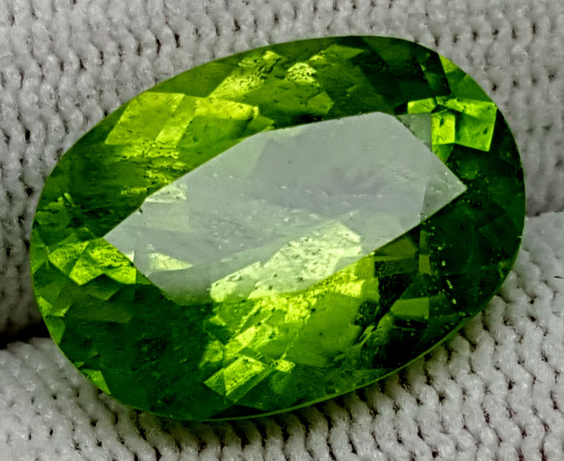 9.75CT PERIDOT  OF PAKISTAN ORIGIN IGCTNPP64