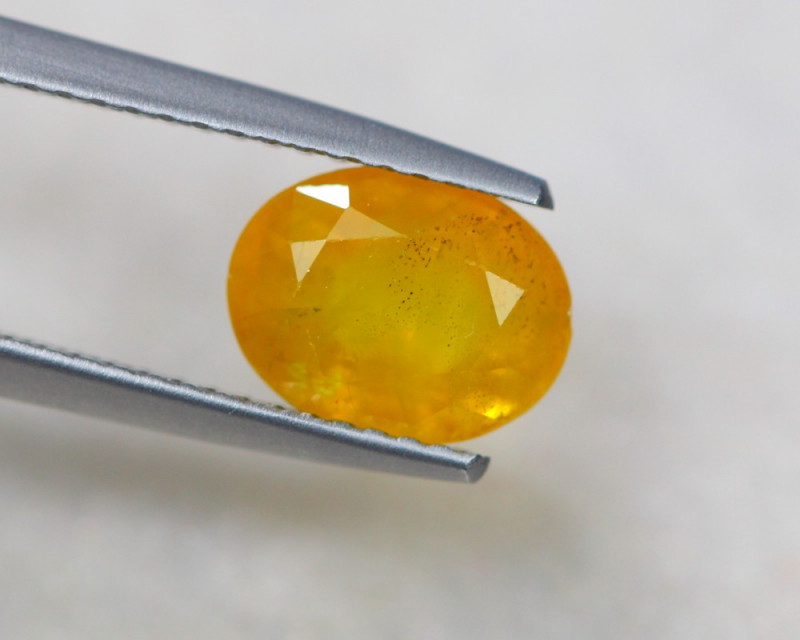 2.56ct Natural Yellow Sapphire Oval Cut Lot D280