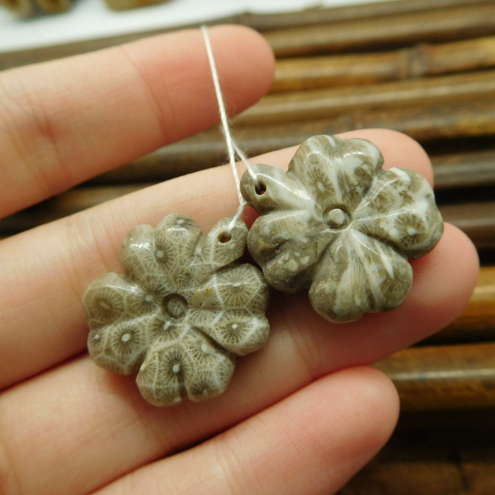 Indonesia coral fossil pair gemstone leaf beads (G1700)