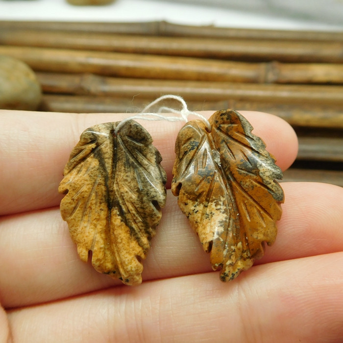 Picture jasper handcarved gemstone pair beads (G1777)