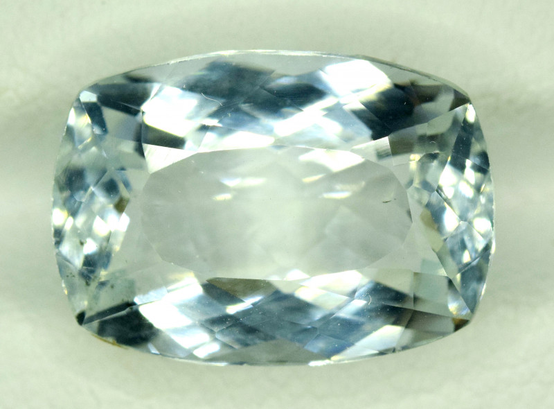 NR Auction 7.75 CT Natural Cushion Cut Aquamarine Gemstone
