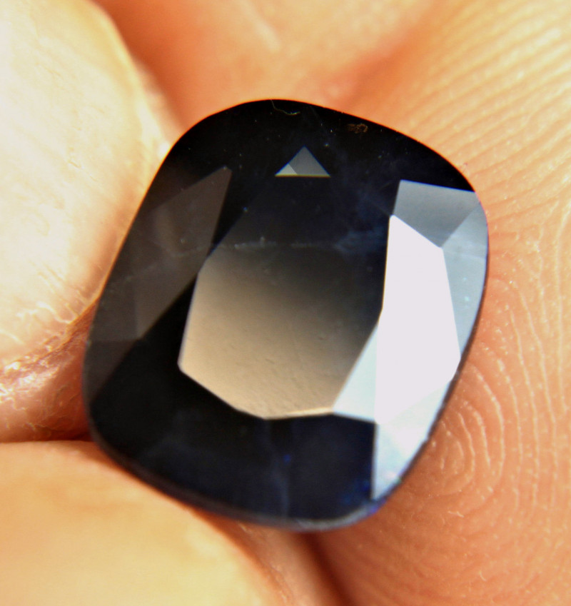 7.94 Carat Midnight Blue Sapphire - Gorgeous