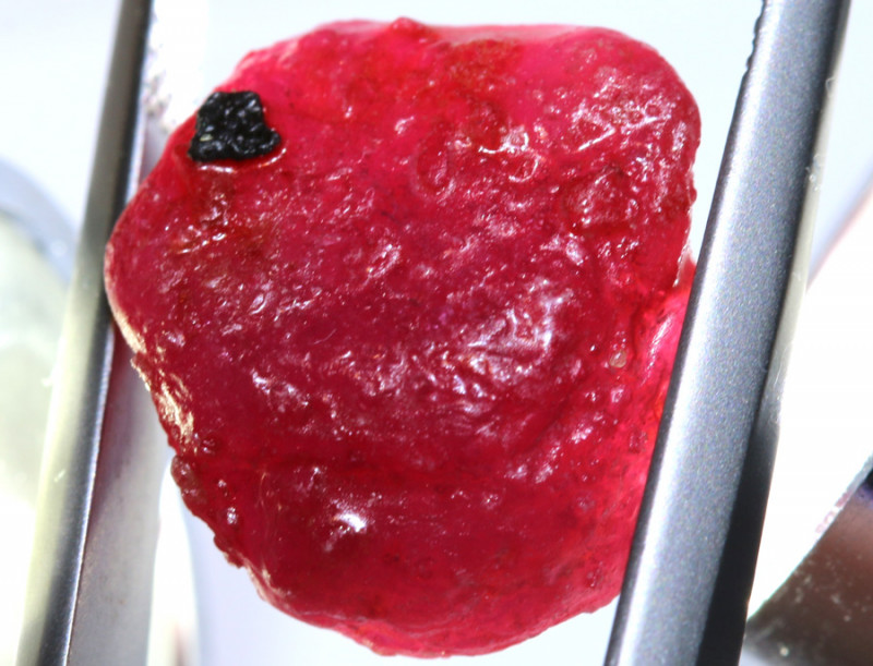 16.90 -CTS RICH RED RUBY ROUGH RG-4715