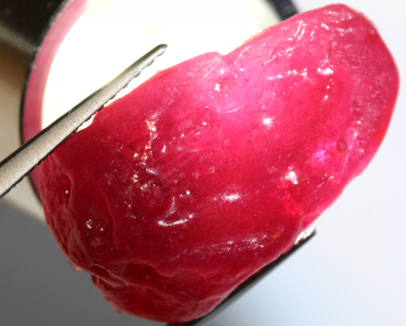 22-CTS RICH RED RUBY ROUGH RG-4735