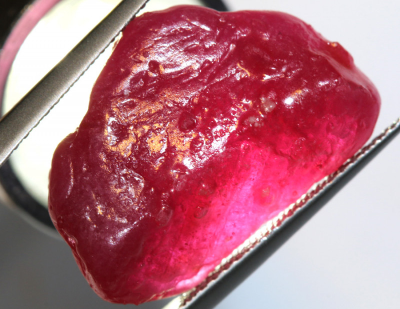 23.70-CTS RICH RED RUBY ROUGH RG-4739