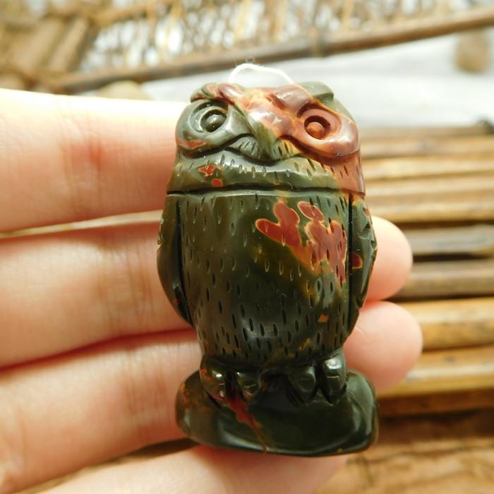 Natural picasso jasper carved owl pendant (G1785)