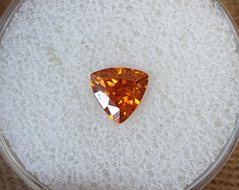 0,98ct Orange Sphalerite - high dispersion gemstone!