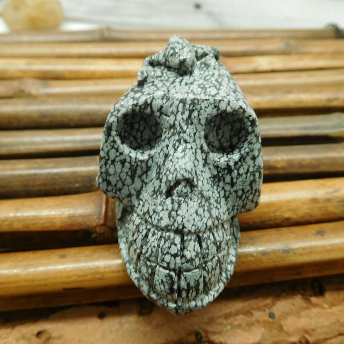 Snowflake Obsidian gemstone carving natural decoration skull (S006)