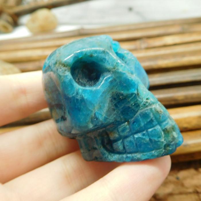 Handmade blue apatite gemstone carving skull (S012)
