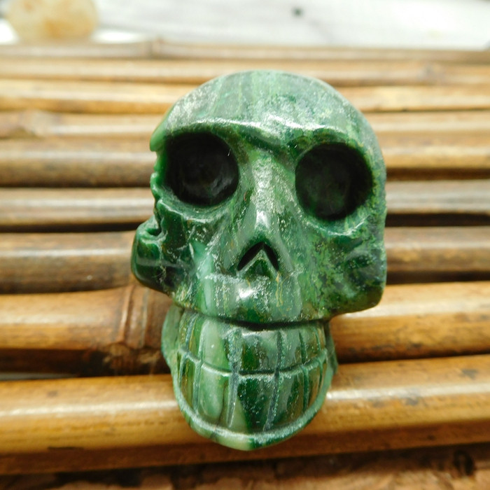 African jade gemstone carving home decoration skull (S020)