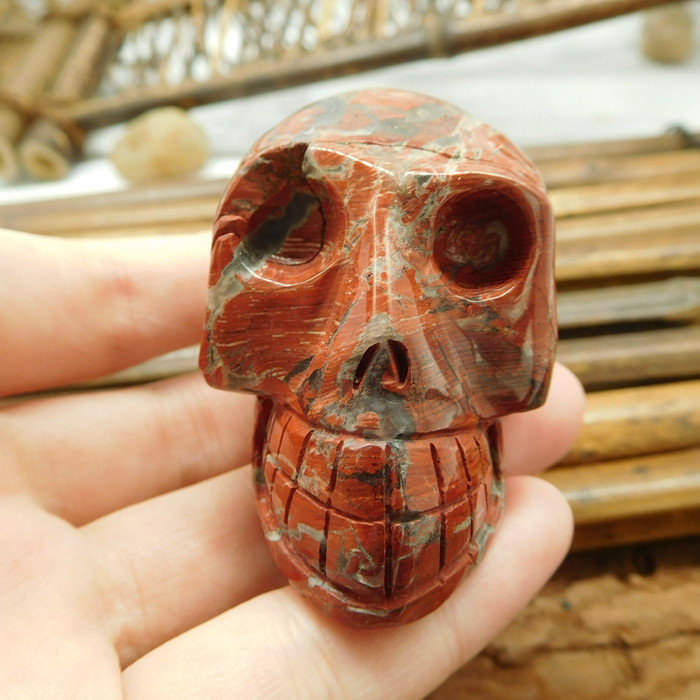 Crazy red jasper gemstone decoration skull (S027)