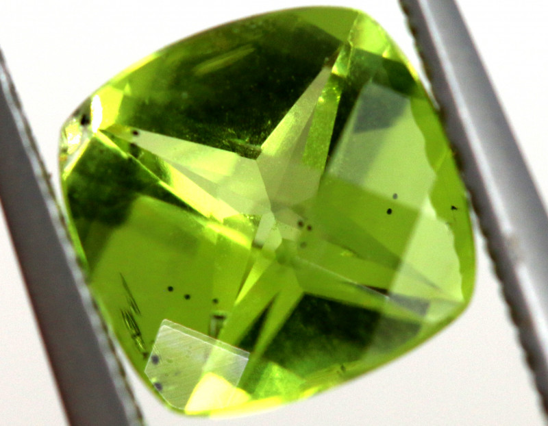 1.30 CTS GREEN PERIDOT FACETED    CG-2755