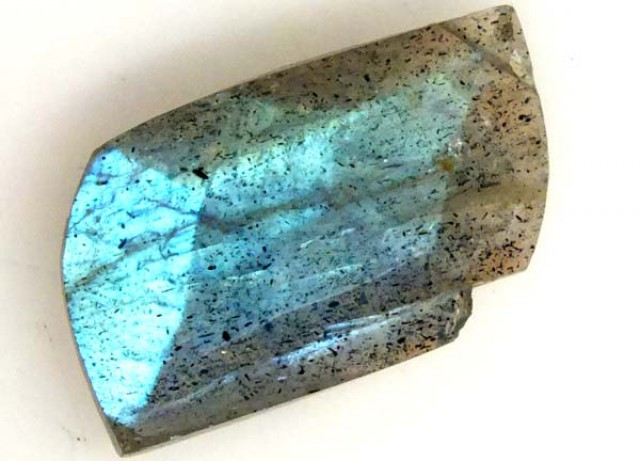 LABRADORITE FACETED STONE 4.75 CTS LG-1040