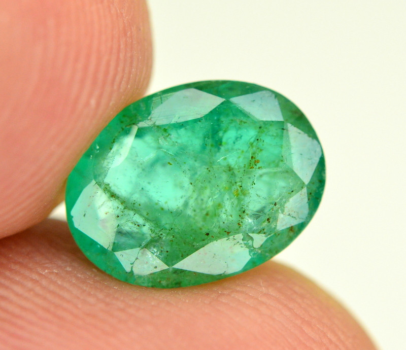 2.25 Ct NaturaL Zambian Emerald Gemstone