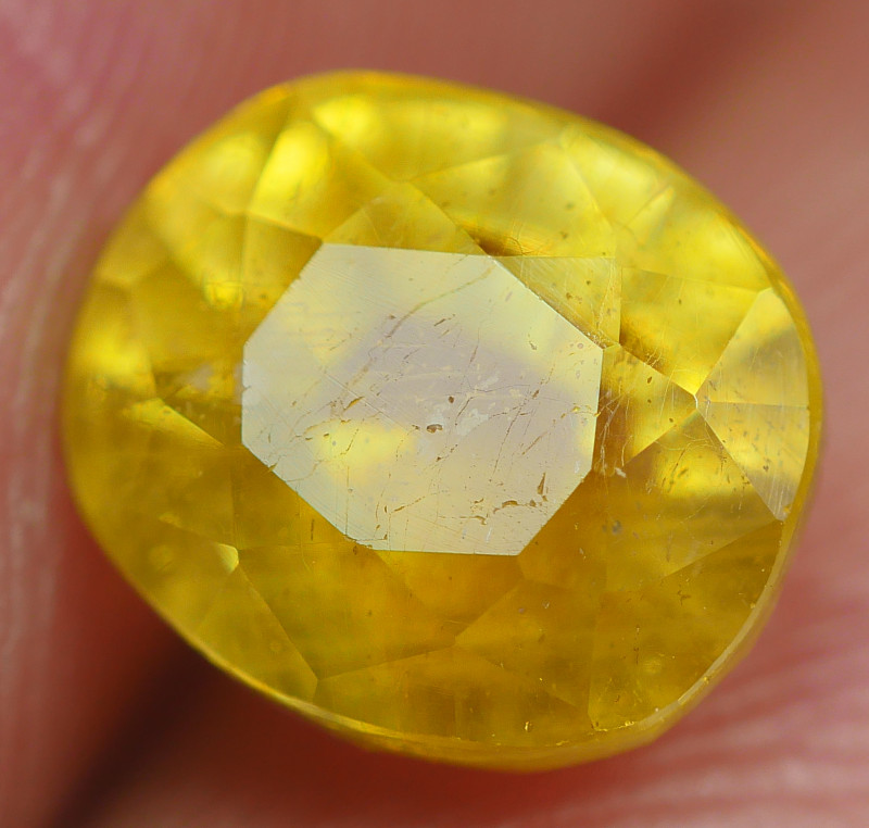 2.90 CRT TRANSLUCENT  YELLOW SAPPHIRE FACETED-