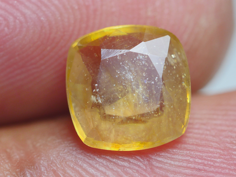 2.80 CRT TRANSLUCENT   YELLOW SAPPHIRE FACETED-