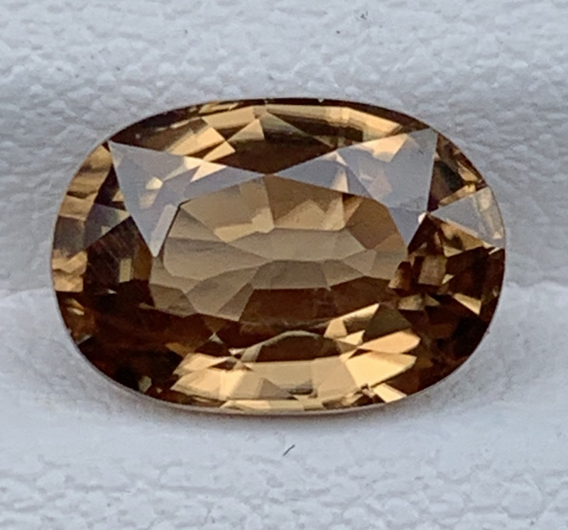 3.82 Carats Zircon Gemstones