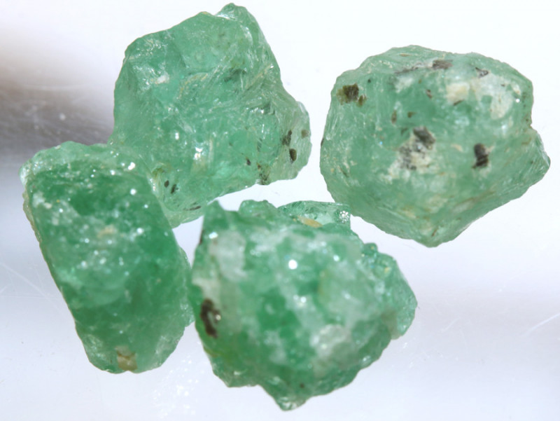 12.15- CTS Emerald Rough  Parcel RG-4803