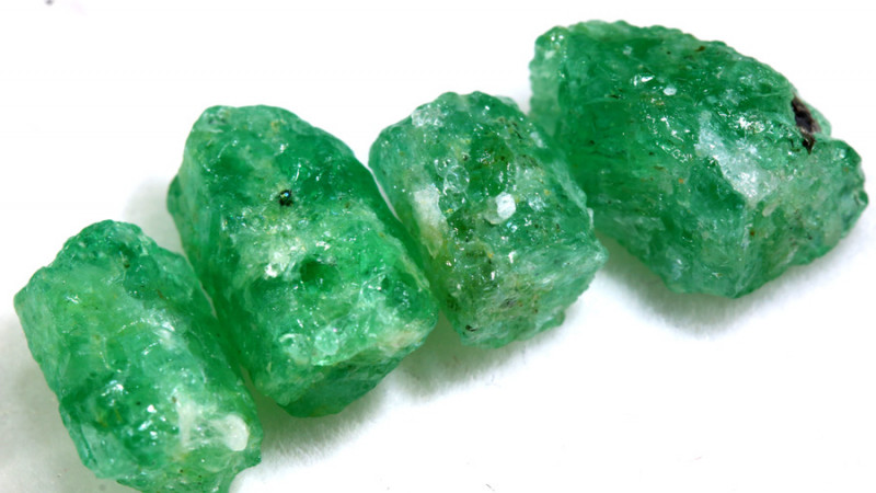 12.55 - CTS Emerald Rough  Parcel RG-4822