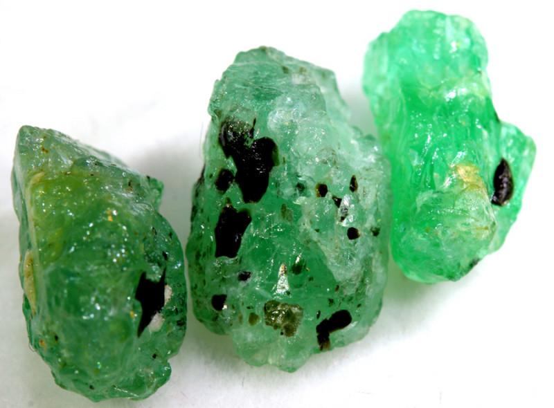 10.15- CTS Emerald Rough  Parcel RG-4827