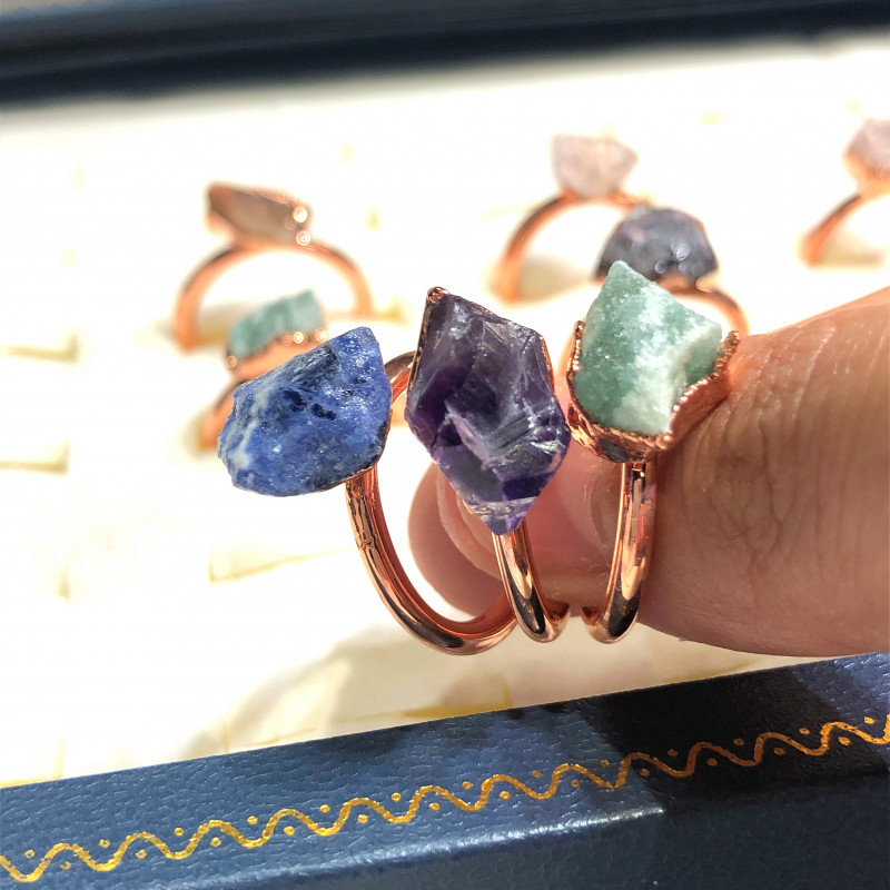 Eight Raw gemstones Ring Size 4 Copper Rings BR 2403