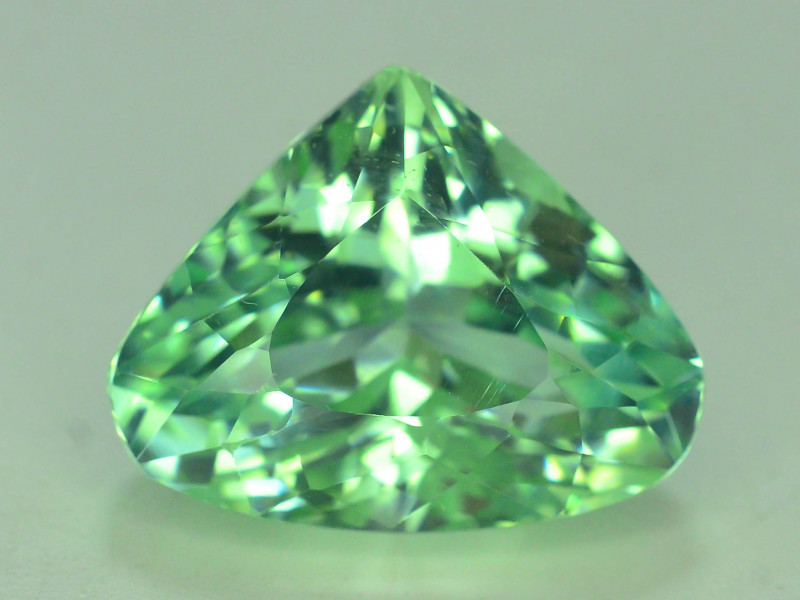 Top Grade & Cut 14.45 ct Green Spodumene