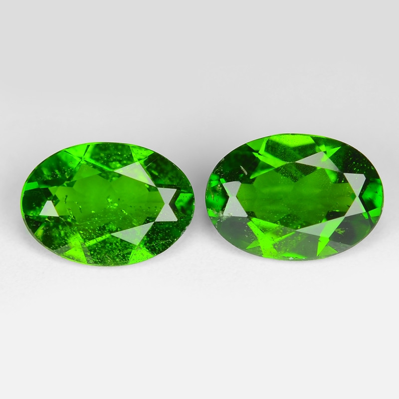 1.40 Cts 2pcs Natural Green Color Chrome Diopside Loose Gemstone 7x5 mm