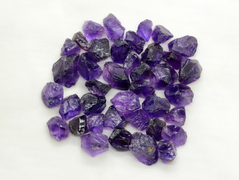 269 CT Top Quality Rough Amethyst From Africa