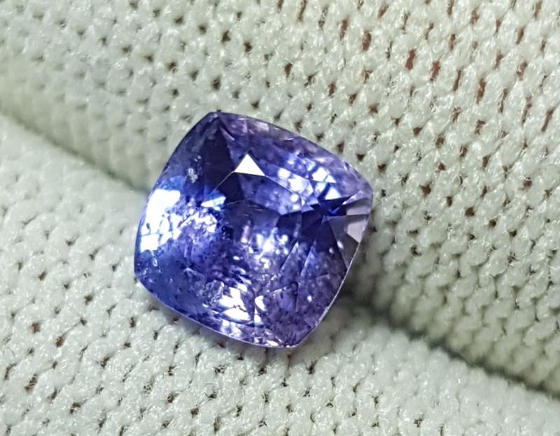 CERTIFIED 1.76 CTS NATURAL BEAUTIFUL VIOLET BLUE SAPPHIRE SRI LANKA