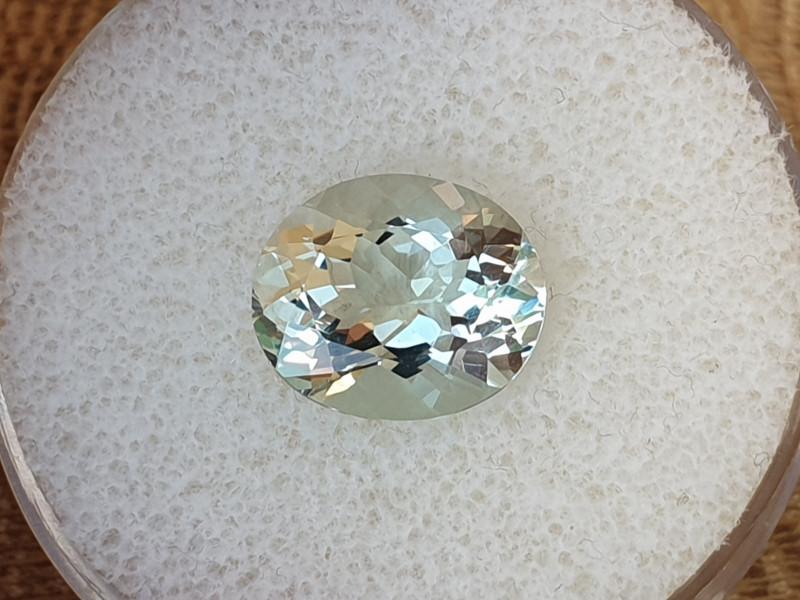 4,19ct Certified Oligoclase Feldspar - rare stone!