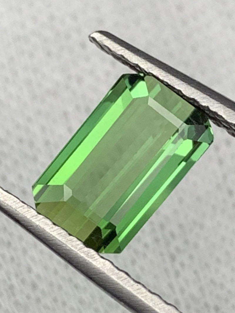 """NR"" 2.55 Carats Top Quality Natural Parrot Green Color Tourmaline"