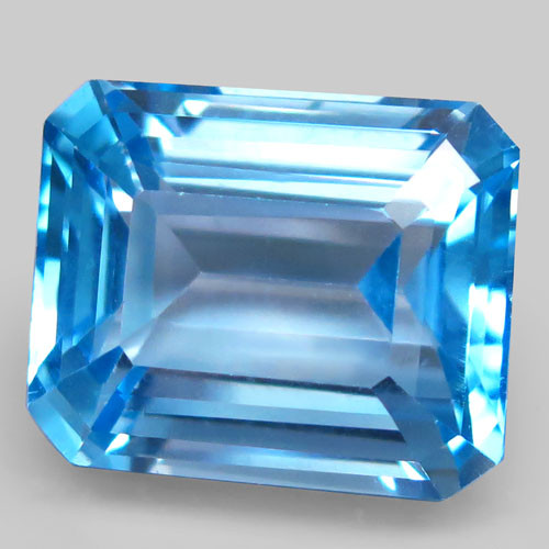 23.58 ct. Natural Swiss Blue Topaz Top Quality Gemstone Brazil