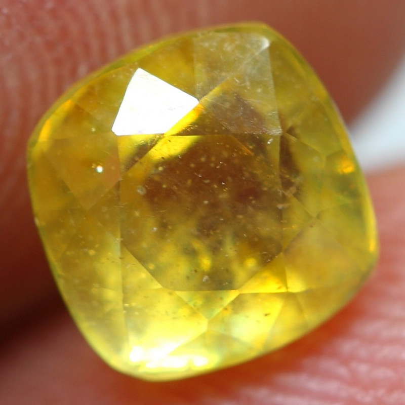 1.70cts Sparkling Golden Yellow Ruby Gemstone