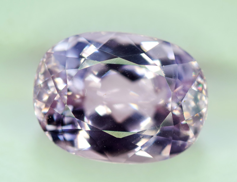NR Auction 8.95 Carats Top Quality Pink Color Kunzite Gemstone
