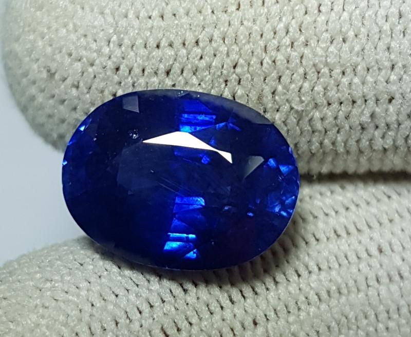 GOOD QUALITY 8.23 CTS NATURAL STUNNING ROYAL BLUE SAPPHIRE SRI LANKA