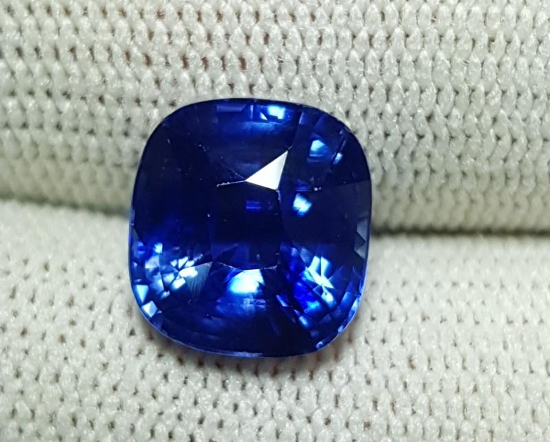 NO HEAT TOP QUALITY LOTUS CERTIFIED 5.01 CTS CORNFLOWER BLUE SAPPHIRE