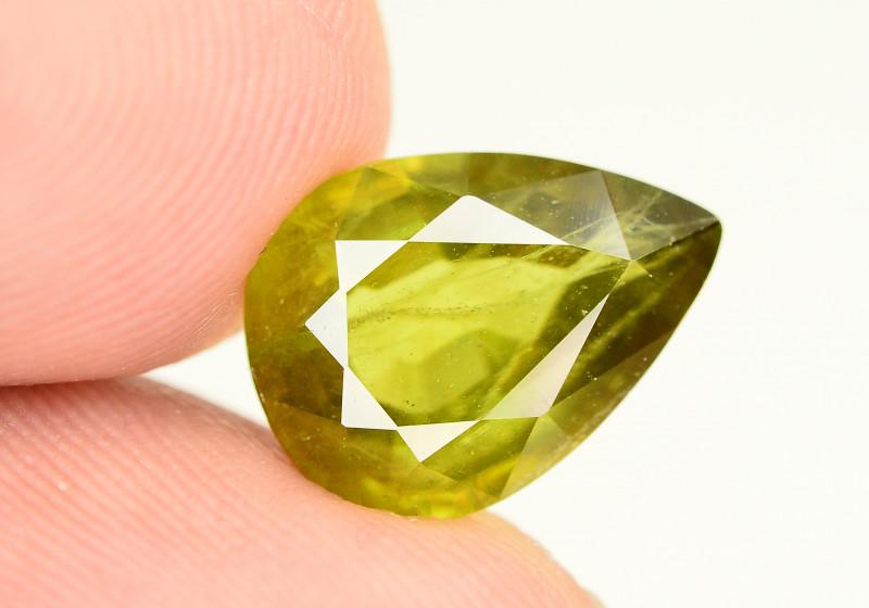 4.75 Ct Natural Beautiful Titanite Sphene