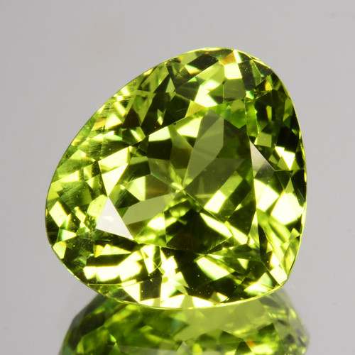 ~GLITTERING~ 2.95 Cts Natural Radium Green Chrysoberyl Sri Lanka Gem