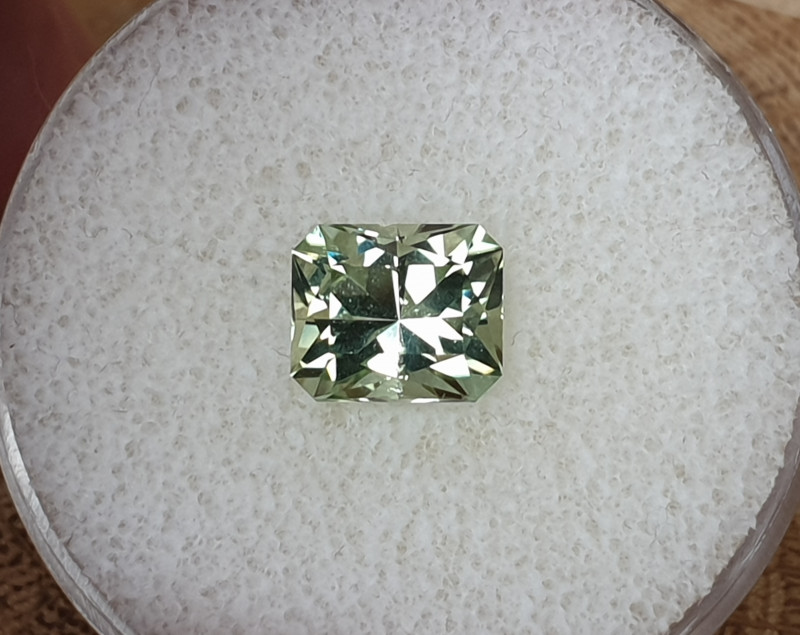 2,88ct Mint Tourmaline - Master cut!