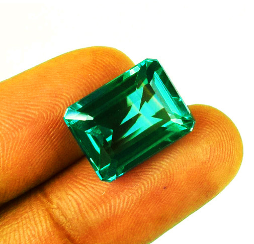 Absolute High-End! 1.51 ct Emerald Certified!