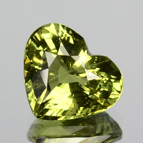 2.21 Cts FANTASTIC NATURAL ULTRA RARE GREEN CHRYSOBERYL SRILANKA GEM