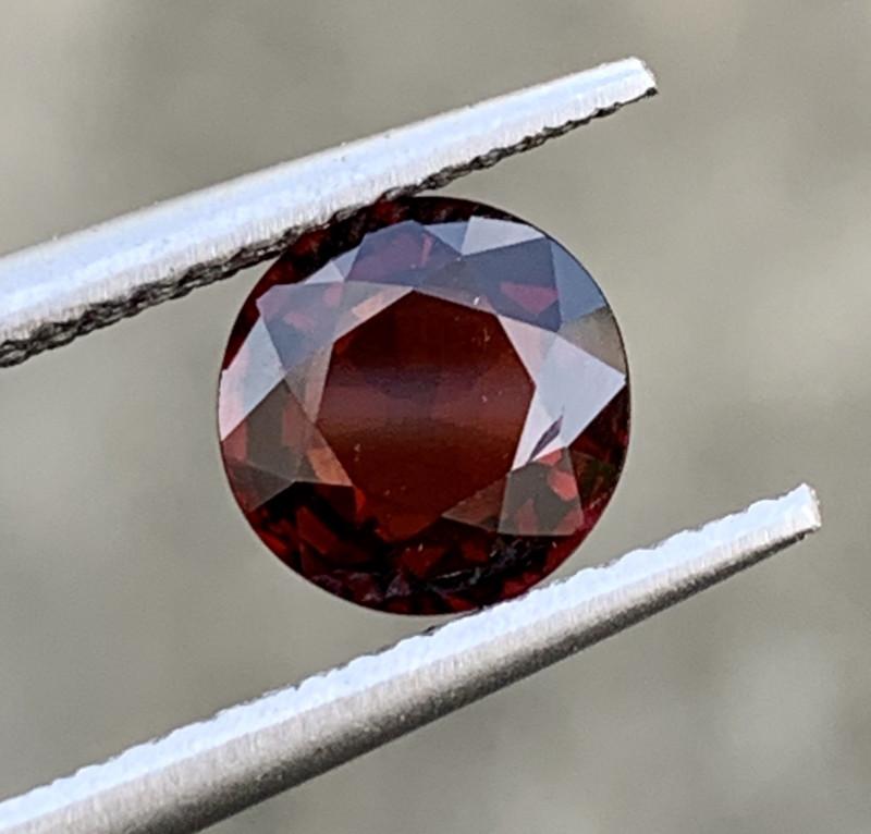 1.44 Carats Spinel Gemstones