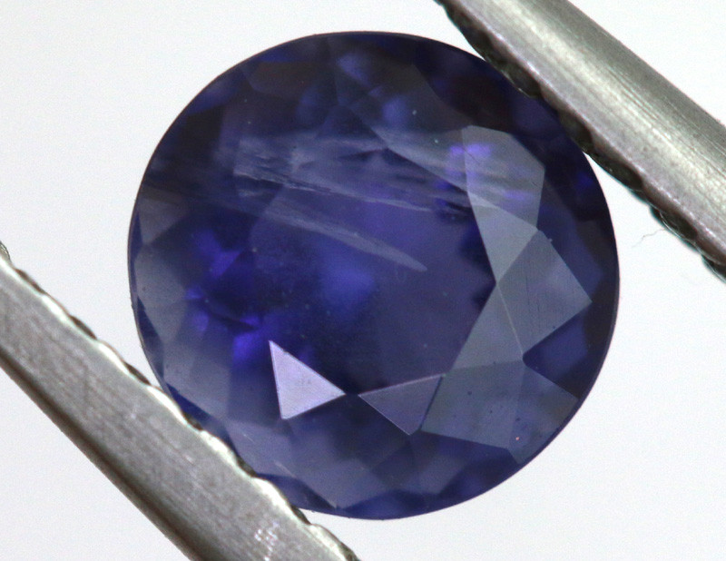 0.76 CTS  IOLITE NATURAL FACETED GEMSTONE RNG-471