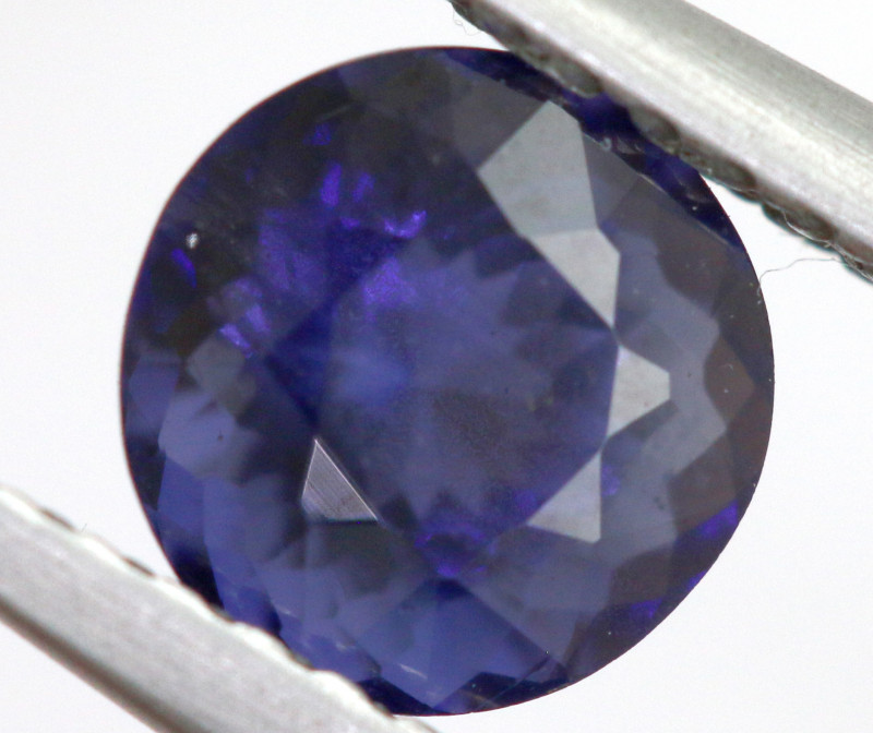 0.81 CTS  IOLITE NATURAL FACETED GEMSTONE RNG-496