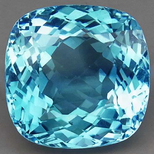 22.50 ct. 100% Natural Earth Mined Top Quality Blue Topaz Brazil